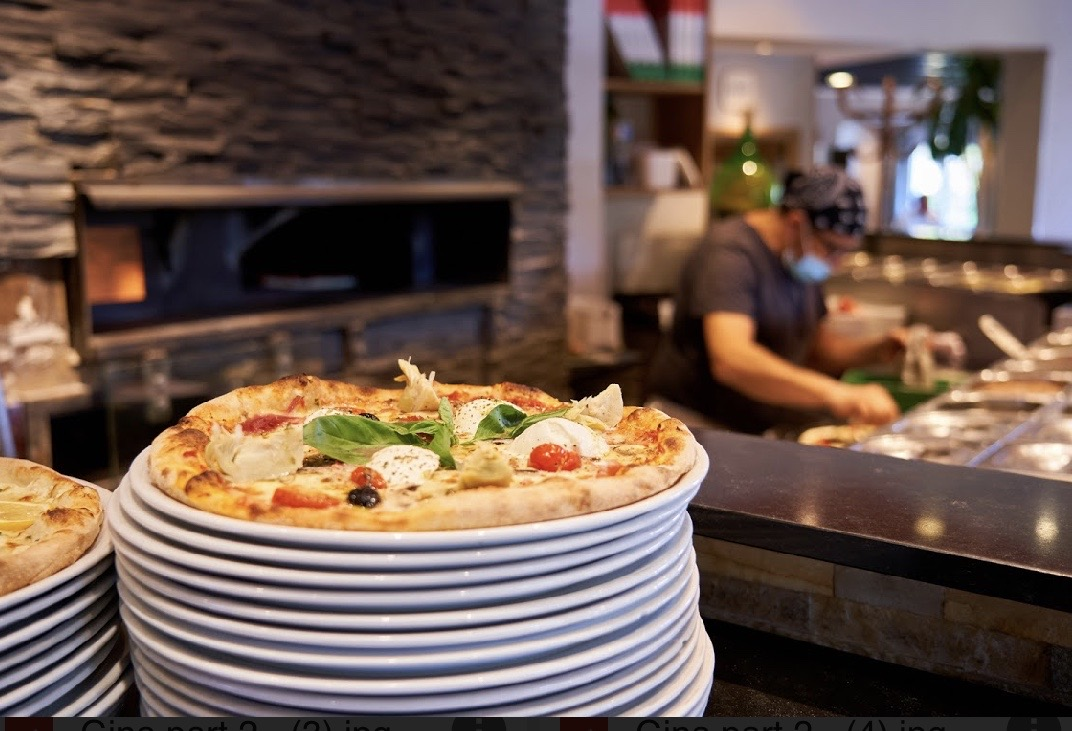 Pizza et pizzaiolo